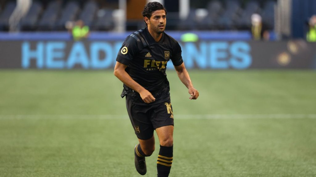 Carlos Vela does not rule out a return to football in Europe