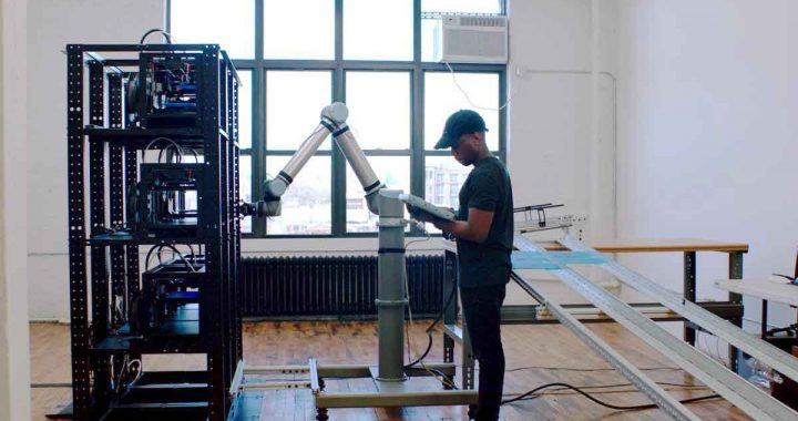 Cobots-are-levelling-the-manufacturing-playing-field-at-voodo