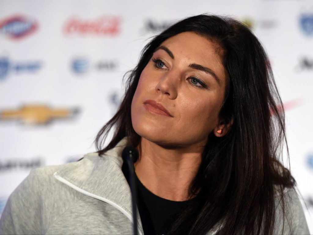 Hope Solo accuses Megan Rapinoe of intimidating her teammates into their knees