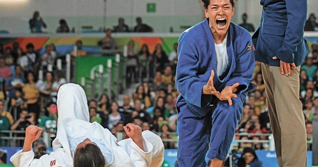 In judo, Paralympic medalists without a break from generations