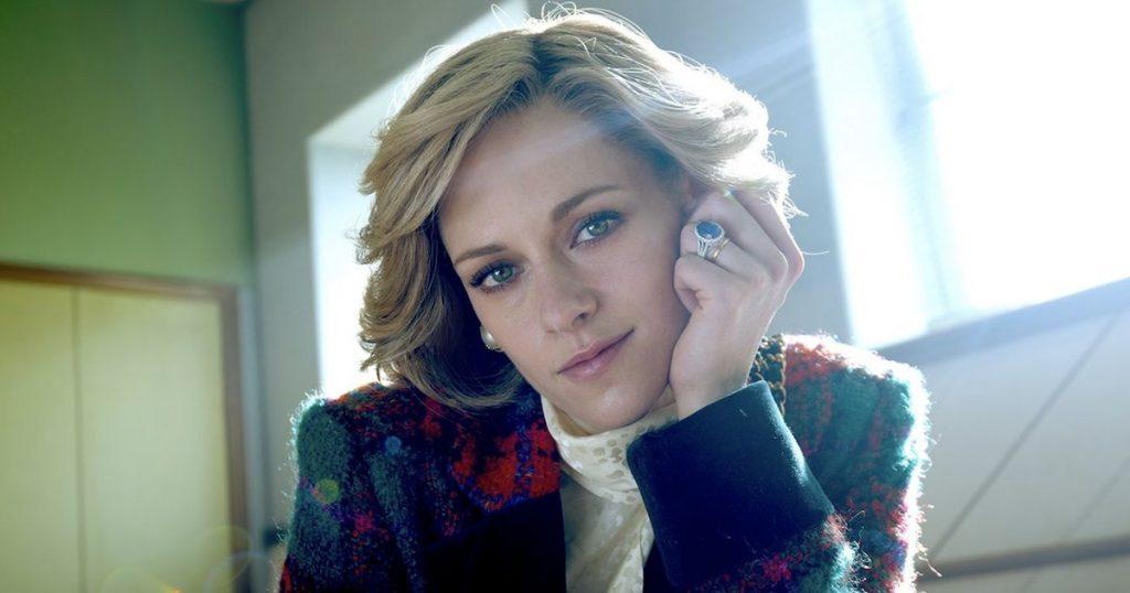 Kristen Stewart as Lady D arrives in November