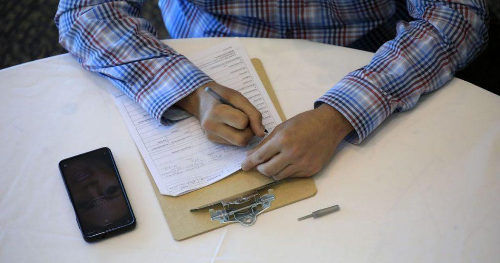 Ten companies that legally hire immigrants in the US - El Financiero