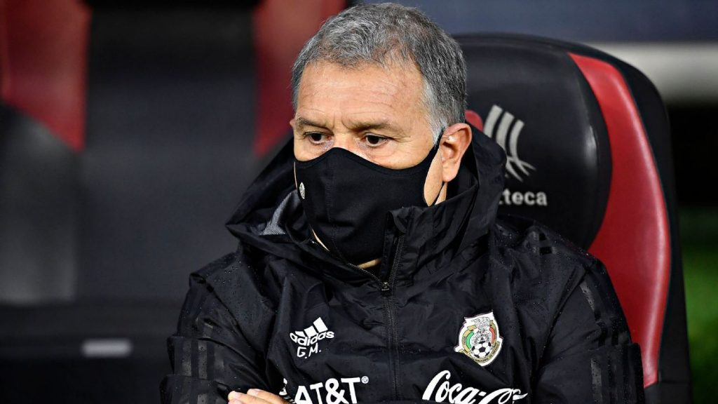 Gerardo Martino will run and not travel with El Tri to Costa Rica and Panama