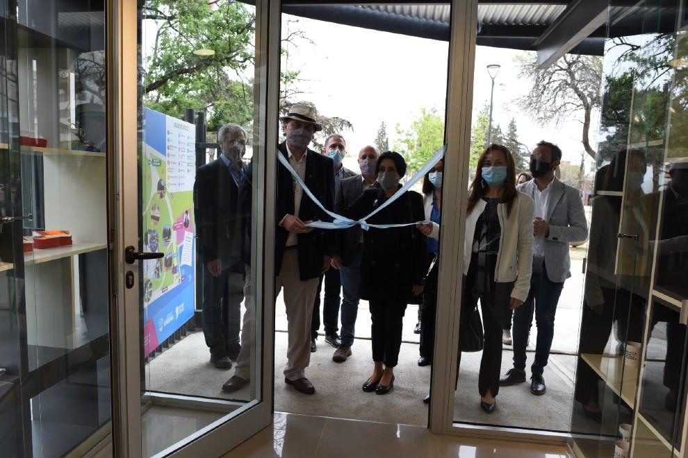 Plaza Cielo Tierra opened a new entrance and added scientific instruments - Web de Noticias
