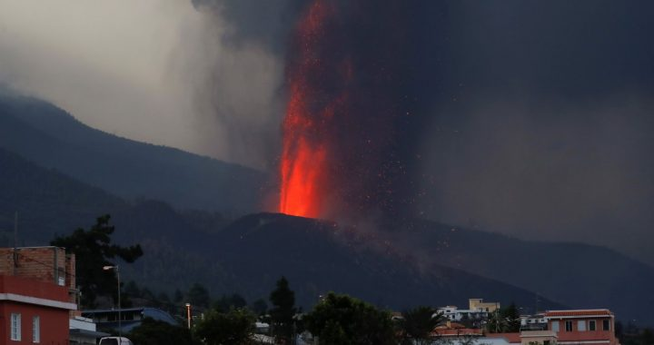 Endless suffering on the island of La Palma: why science does not know how long the eruption of the Cumber Vega volcano will continue