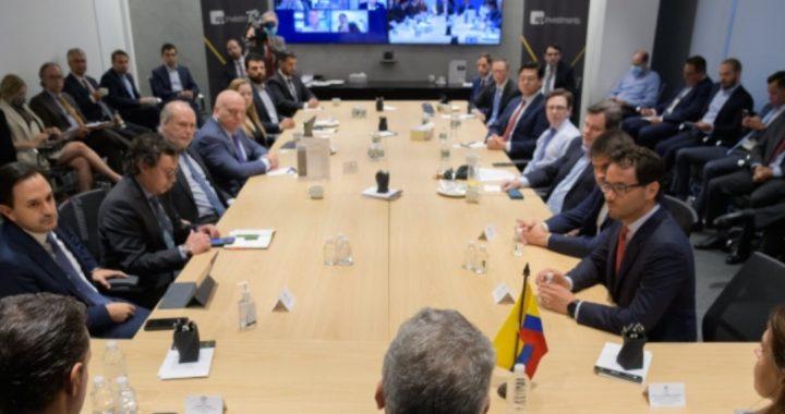 President Evan Duque met with US risk rating agencies