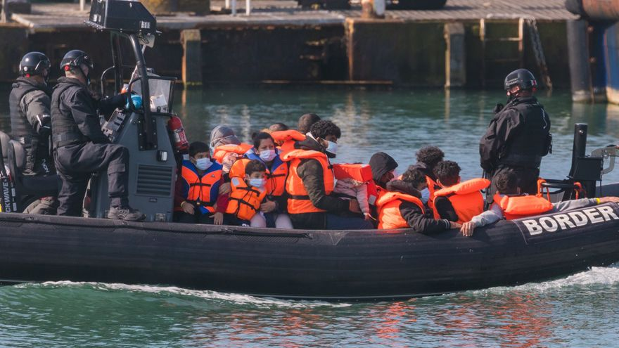 The English Channel records an unprecedented increase in boats bound for England