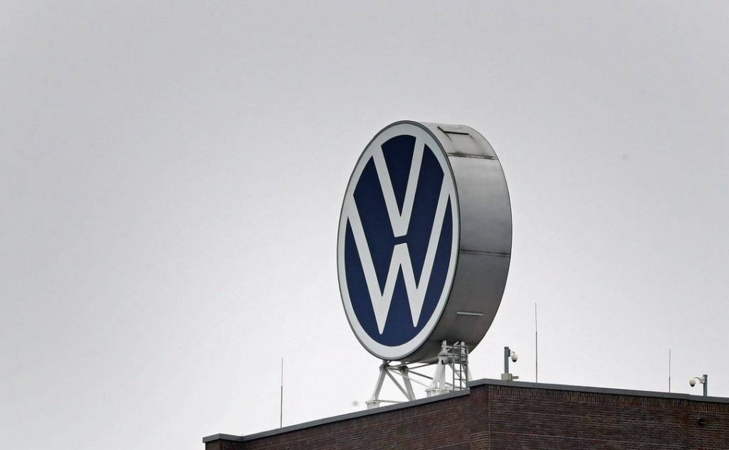 """The European Commission urges Volkswagen to pay compensation to all affected by the """"dieseljet"""" case 