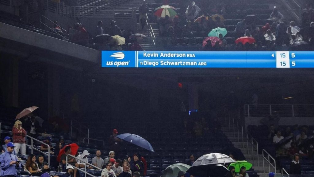 VIRAL VIDEO: The roof of Louis Armstrong Stadium can't handle rain at the US Open