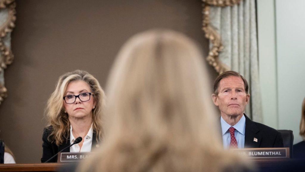 Frances Haugen reveals the sins of Facebook in front of the US Senate