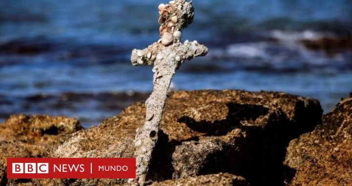 Diver finds in Israel a 900-year-old sword belonging to a knight of the Crusades