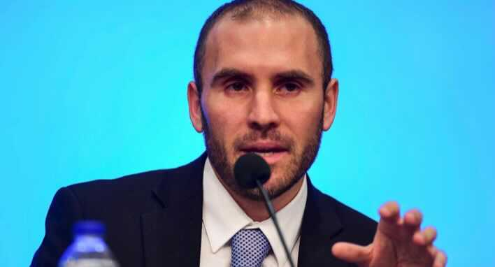 Argentina's Economy Minister will go to the United States to refinance debt with the International Monetary Fund