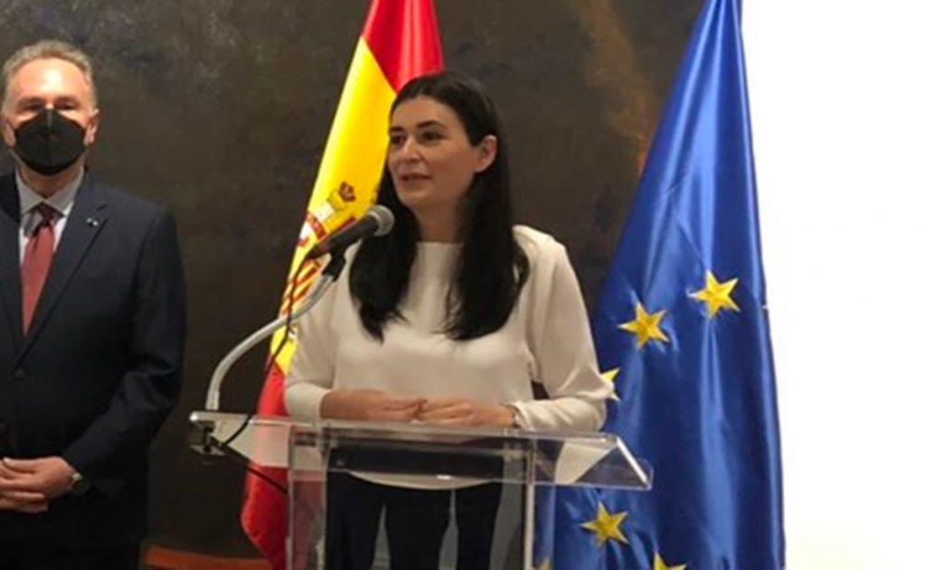"""En medio de tensión con México, España expresa su """"profundo afecto y respeto"""" hacia AL"""