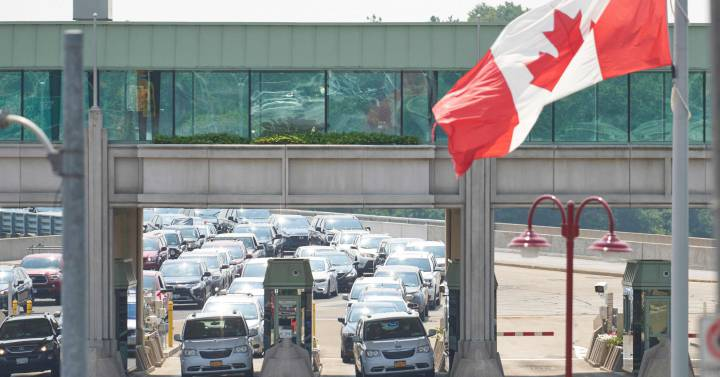 The United States will open its land borders with Canada and Mexico in November |  Economie